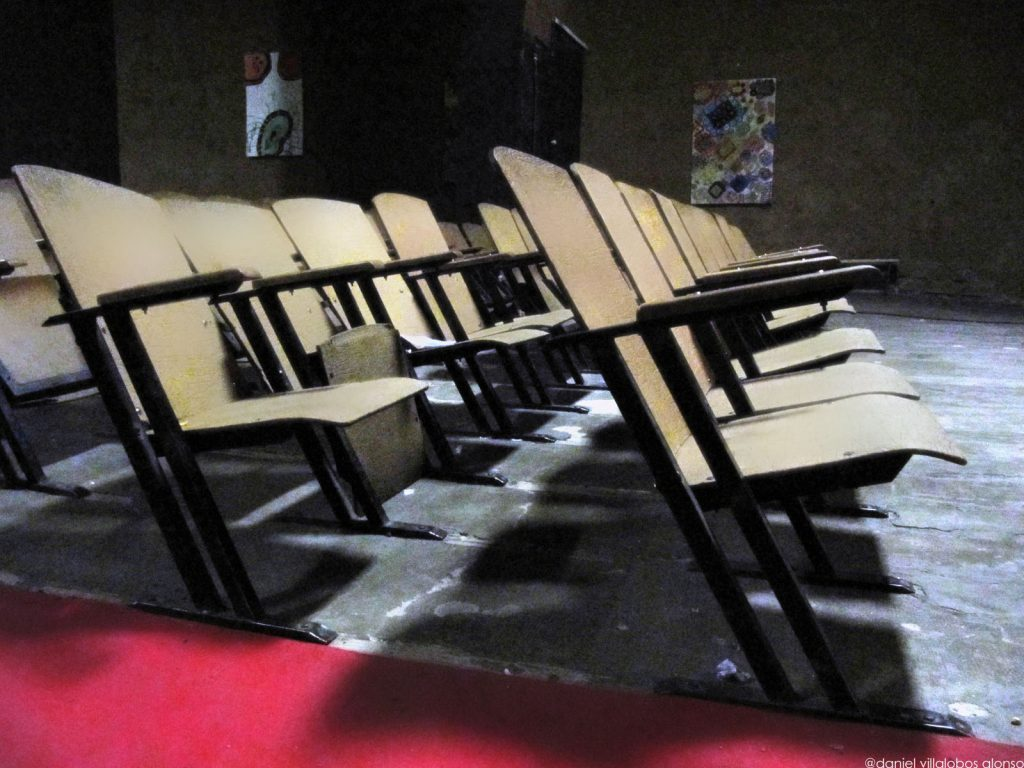 danielvillalobos-cines-digitalphotographies-modernarchitecture-72