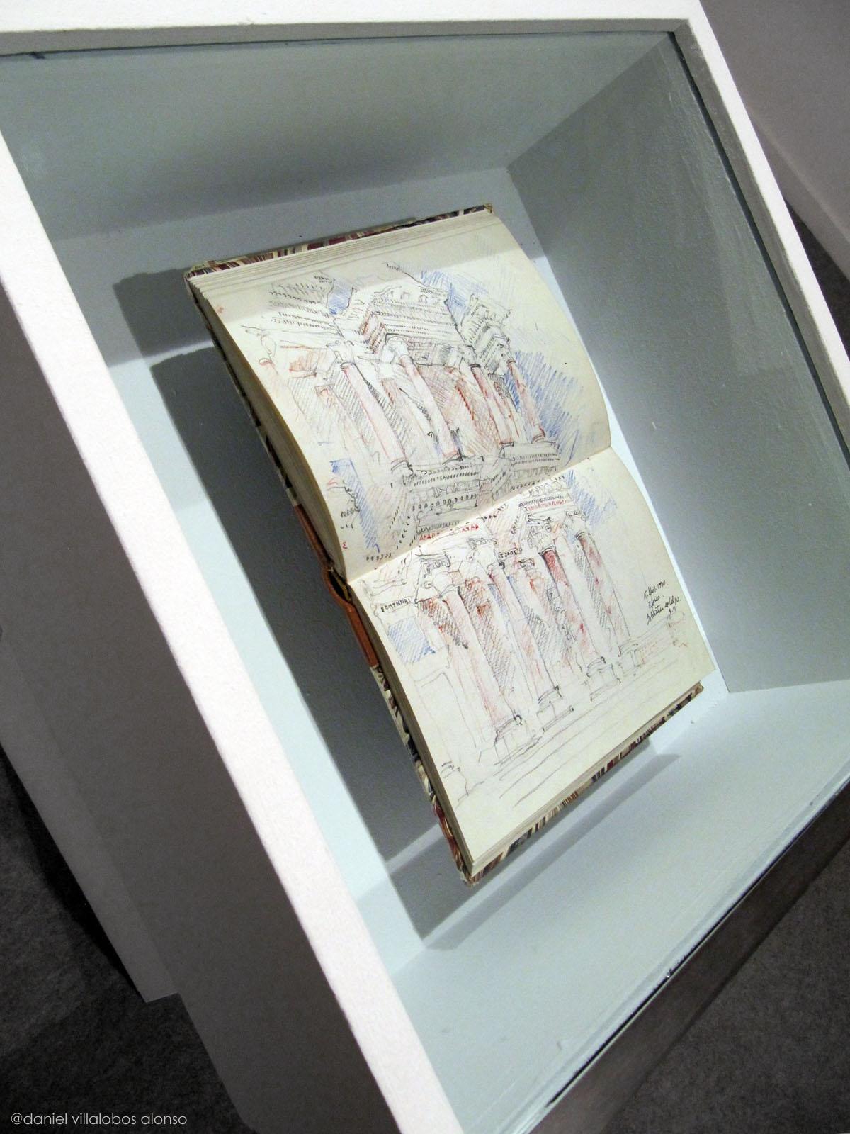 danielvillalobos-miguelelas-josmaraacilu-sketchbooks-skechtravelsexhibition-10